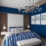 Спальня в морском стиле с ярко-синими стенами